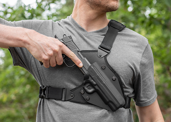 Springfield XD-E 3.3 inch barrel Alien Gear Cloak Chest Holster