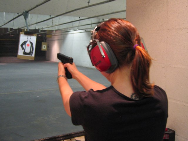 accuracy of glock 17 vs glock 19